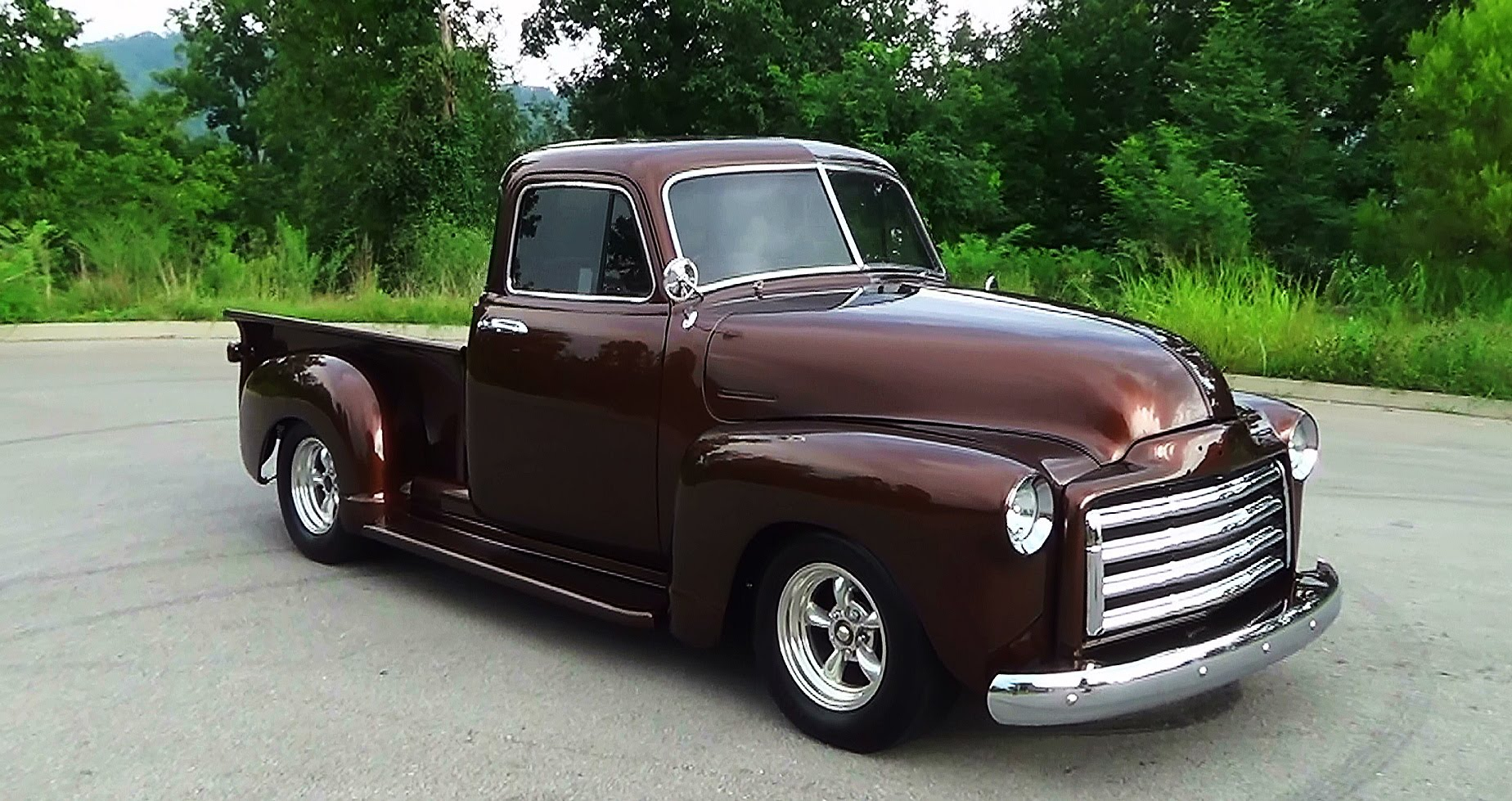 Carros Classicos Chevrolet Veraneio Amazona E Suburban additionally  likewise Chevy Truck With A Vortec X besides Hot Rat Street Rod Pro Touring Chevy Patina Shop Truck No Air Ride C in addition Interior Web. on 1952 chevy 3100